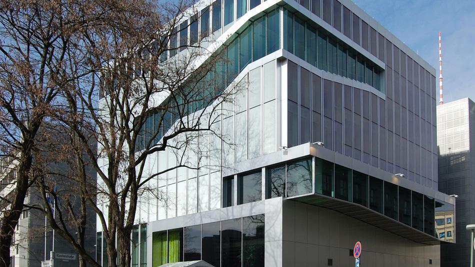 Schirm für Königin Beatrix zur Eröffnung der niederländischen Botschaft in Berlin